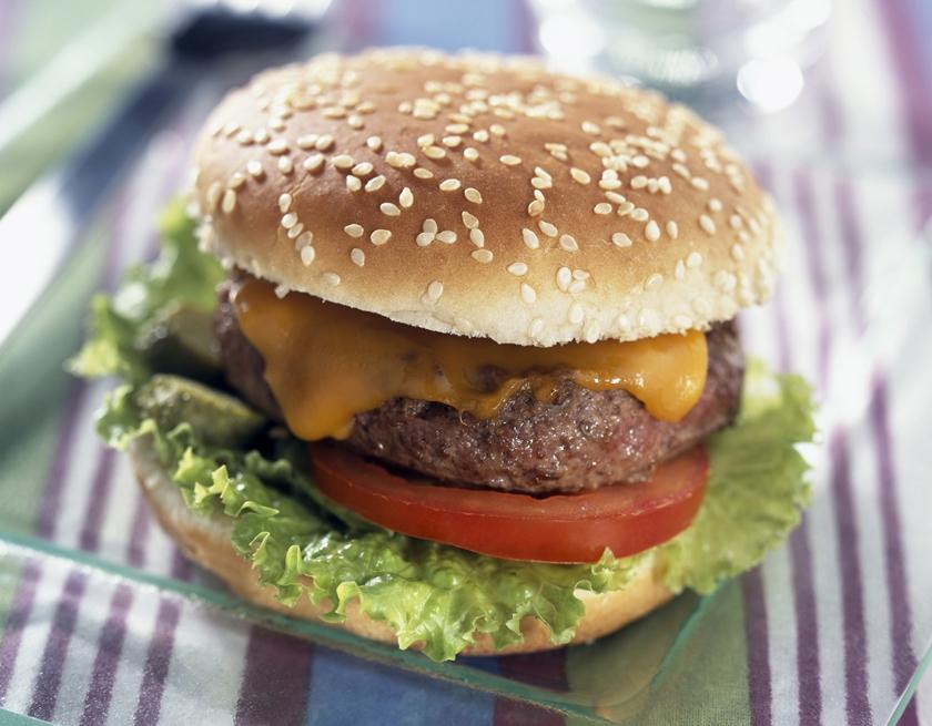 トランス脂肪酸のリスクを知った上で食べるのか、無頓着なまま食べるのか。